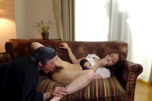 クンニのVRエロ動画まとめ!リアル体験できるVRで目の前のオマンコを舐めまくれ!