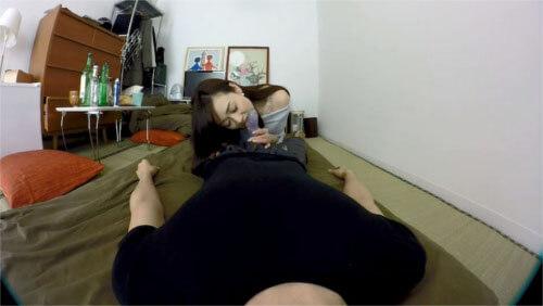 人妻が奉仕プレイしてくれるアダルト(エロ)VR動画