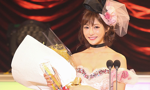 明日花キララのVRアダルト(エロ)動画が大人気!DMM.R18アダルトアワード2017優秀女優賞をVRで堪能!