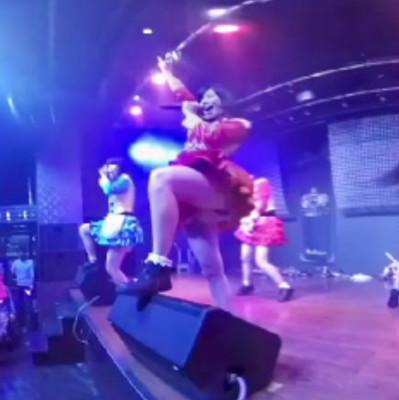 仮面女子のVRライブ「最強サマー」