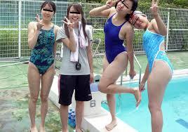エロい競泳部の水着