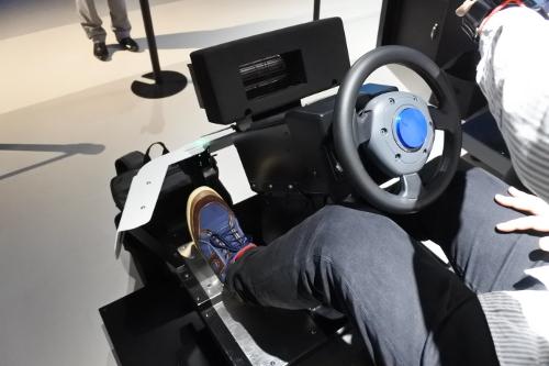 マリオカートVRのハンドルさばき