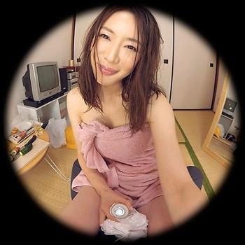 VRアイドル新作動画の岩本和子のお風呂上がり