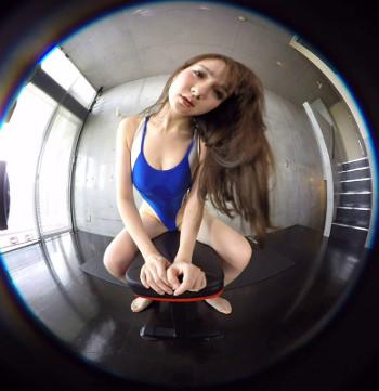VRアイドル新作動画「若原麻希の水着姿」