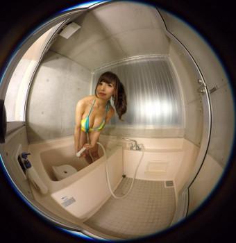 アイドルVRで藤島もなみがシャワー浴びる