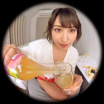 VRアイドル新作動画で金子ちゃんと酒を飲む