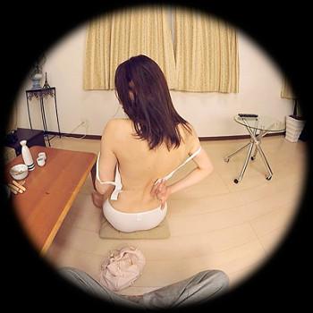 VRアイドル動画での岩本ちゃんの背中