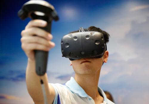 HTC ViveでYouTubeのVR動画を見る方法!無料VR動画を楽しもう!