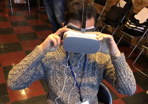 VR体験中