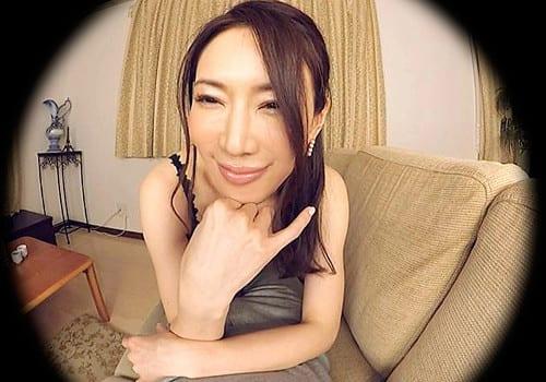 VR通信限定動画あり!【VR】いつもと違う場所で 岩本和子 トライアル版